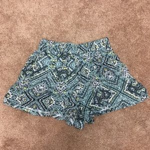 Mossimo Supply Co. Shorts - CUTE FLOWY SHORTS